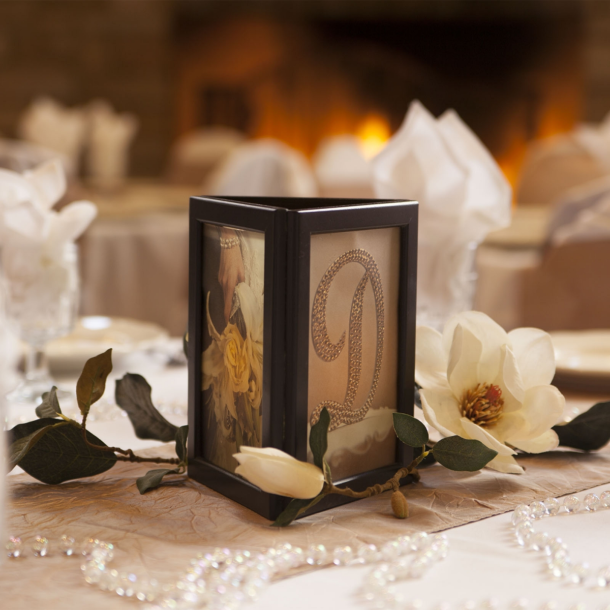 Stunning picture frame centerpieces for weddings photos